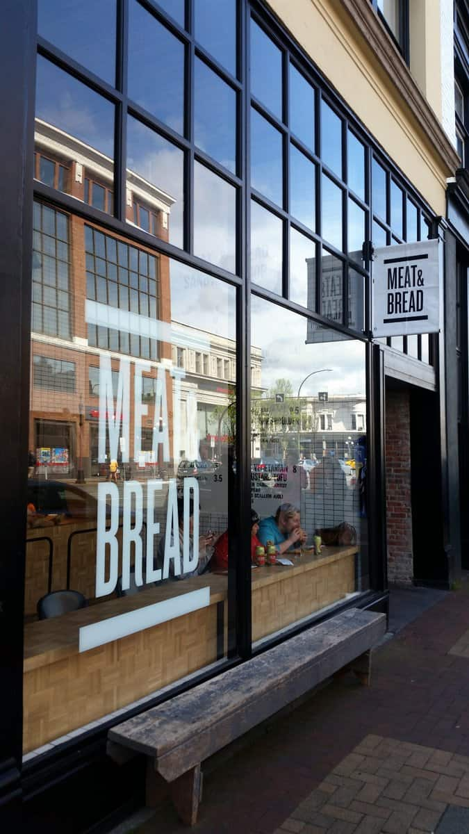 Meat-and-Bread-Restaurants-That-Girl-In-Victoria-British-Columbia-4