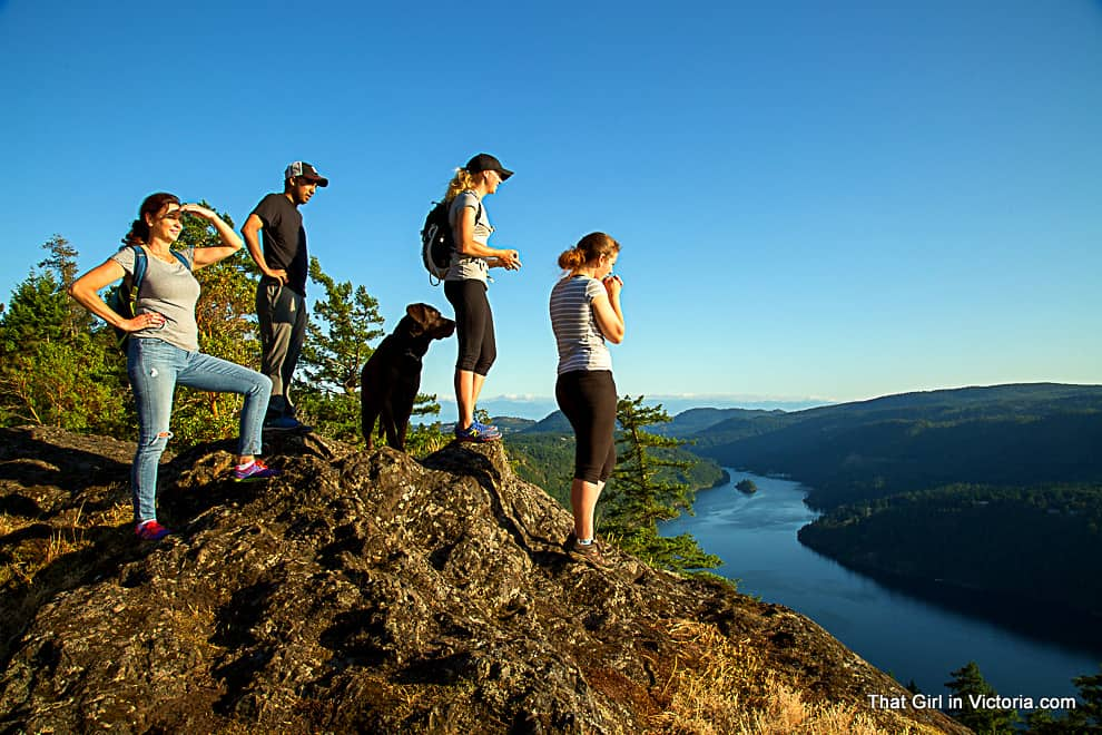 Hike-Victoria-Guide-Photogrpher-Mark-Vukobrat-June-That-Girl-in-Victoria (9)