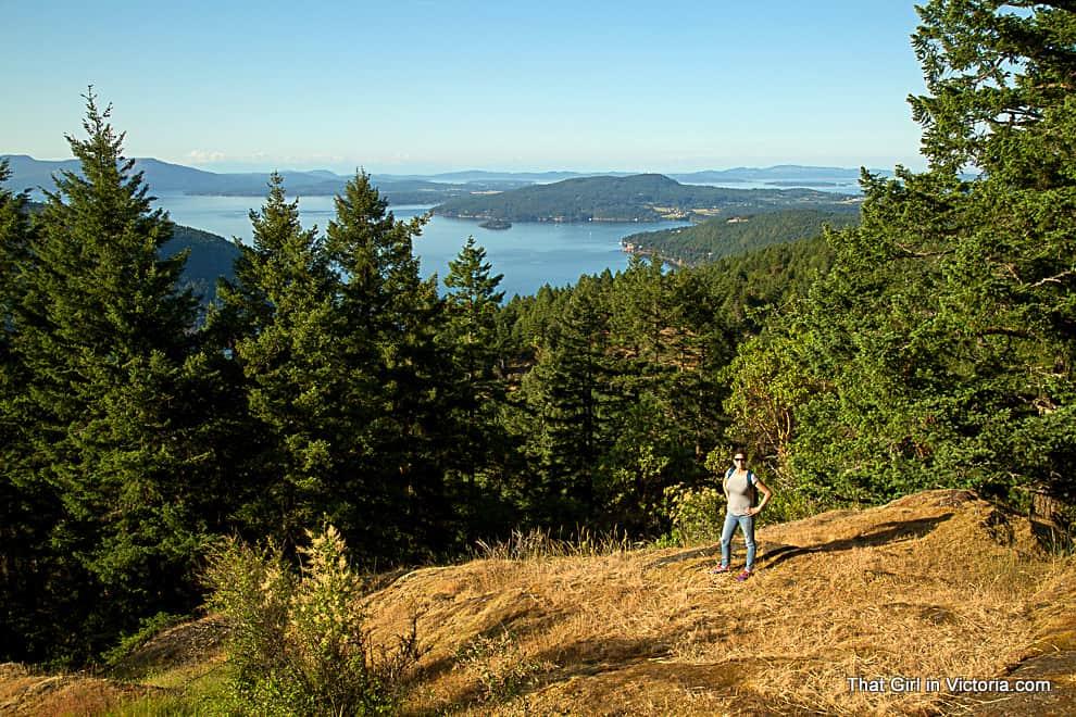 Hike-Victoria-Guide-Photogrpher-Mark-Vukobrat-June-That-Girl-in-Victoria (15)