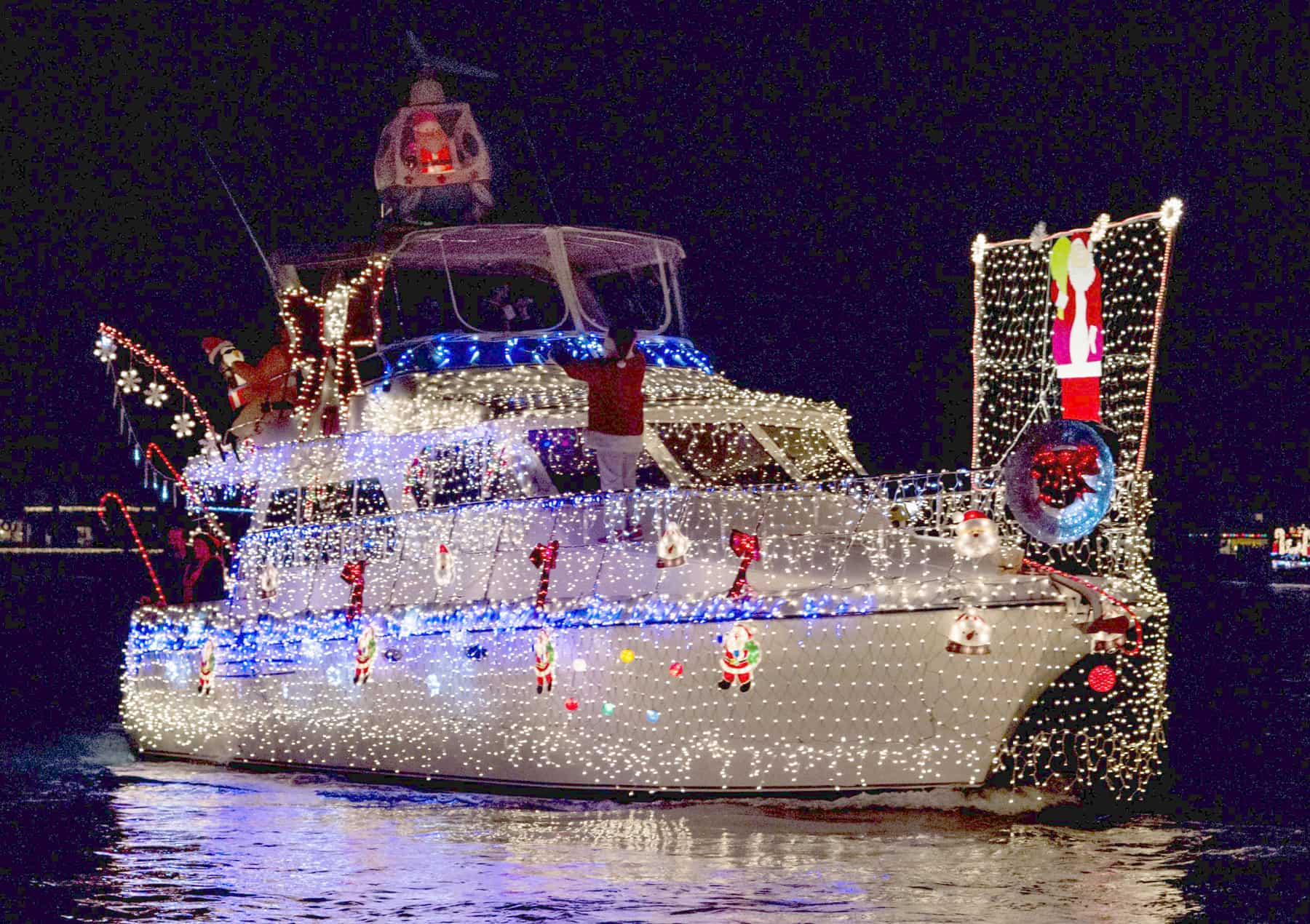 lighted-ship-parade-victoria-bc-1
