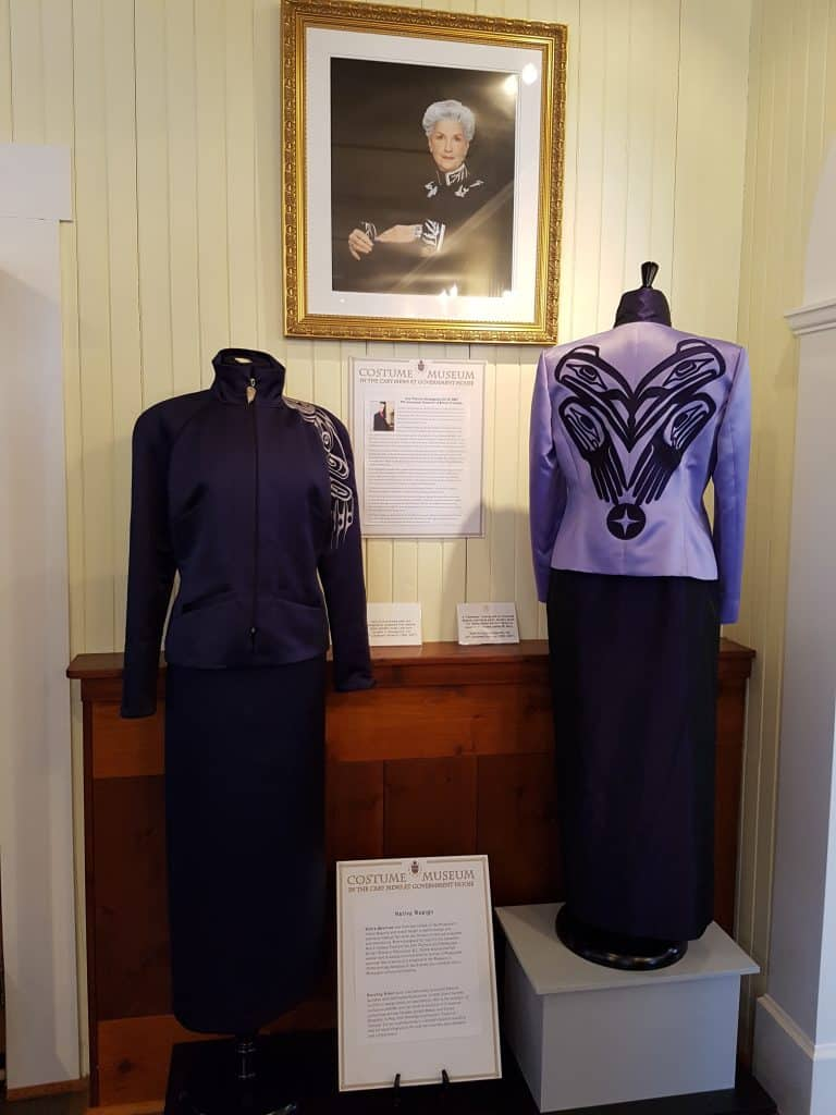 Government-House-That-Girl-in-Victoria-Tours (23)